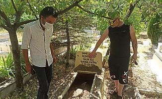 Başkent'te mezarlıkta sır dolu olay