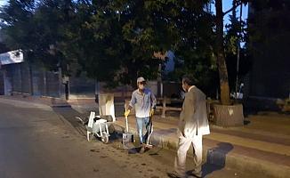 Belediye Başkanı Emre, mesaiye temizlik personeliyle başladı