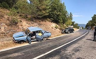 Çanakkale Yenice'de trafik kazası: 2 yaralı