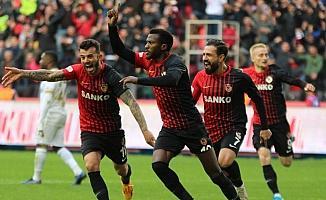 Gaziantep FK, Kayode transferini akıya aldı