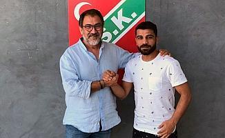 Karşıyaka, kaptan Mustafa Aşan ile 1 yıl daha anlaştı