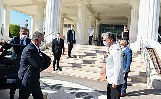 Başkan Uysal, Vali Yazıcı'ya projelerini anlattı