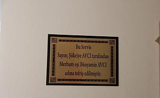 Edirneli hayırsever kadına il sağlık müdüründen plaket