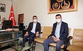Kaymakam Ürkmezer'den MHP ve CHP'ye ziyaret