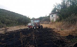 Kütahya'daki yangın orman ve evlere sıçramadan söndürüldü