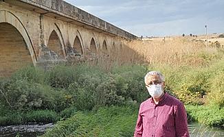 Tarihi Uzunköprü'nün onarılması isteği