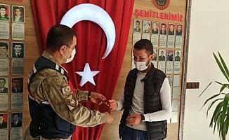 Dede yadigarı 27 bin TL'lik tespih bulundu, sahibine teslim edildi