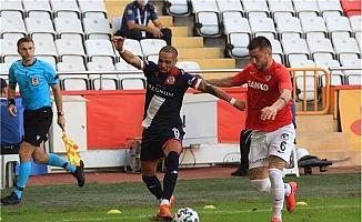 FT Antalyaspor'da kulübe hamlesi azaldı