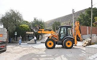 İnönü'de kilit parke taşı döşeme çalışmaları