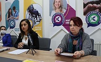 Kuşadası Kent Konseyi'nde Kadına Şiddetle Mücadele toplantısı yapıldı