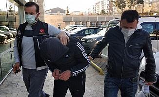 Samsun'da uyuşturucu hapla yakalanan 2 kişiye gözaltı