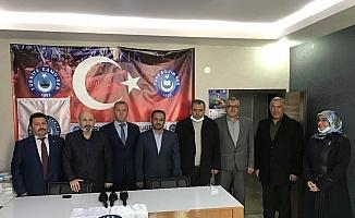 Türk Diyanet-Sen Vakfında devir teslim töreni yapıldı