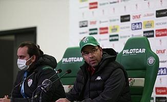 """Bursaspor Teknik Sorumlusu Fazlı Tan: """"Galibiyeti hak edecek oyun ortaya koymadık"""""""