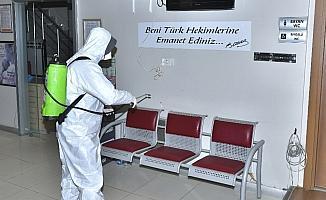 Esenyurt'ta toplu kullanım alanları dezenfekte ediliyor