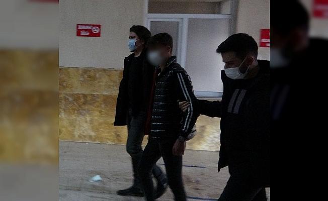 Gençler arasındaki küfür kavgası hastanede bitti: 1 yaralı