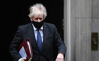 """İngiltere Başbakanı Jonhson: """"Salgında hayatını kaybedenleri milletçe hatırlayacağız"""""""