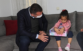 Kaymakam Ürkmezer, Hira ve ailesini ziyaret etti