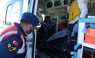 Alkollü sürücü korkuluklara çarpıp kaldırıma çıktı: 1 yaralı