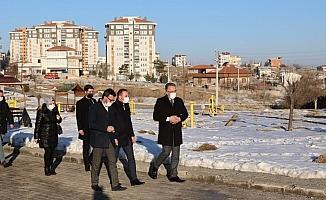 Başkan Savran, Bekdik Mahallesinde incelemelerde bulundu