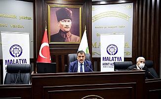 Gürkan, hemşeri derneklerinin sorun ve önerilerini dinledi