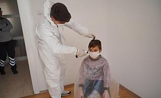 Örgün eğitim öncesinde öğrencilerin saç tıraşları belediyeden