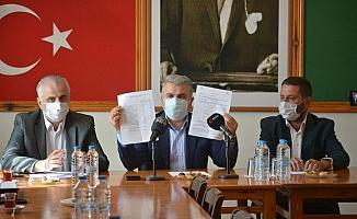 AK Parti Balıkesir Milletvekili Canbey Ayvalıklı çiftçilerin sesine kulak verdi