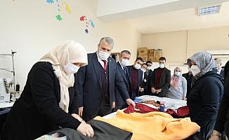 Başkan Çerçi kursiyerlerle buluştu