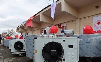 Bingöl'de üreticilere süt soğutma tankı dağıtıldı