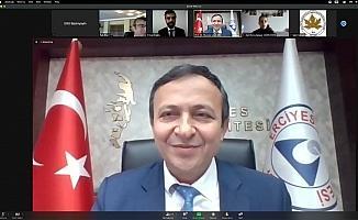 """ERÜ'de """"Uzaktan Eğitim Sürecinde Etkin İletişim"""" Konulu Konferans Düzenlendi"""
