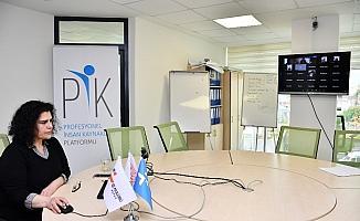Mersin'de iş hayatına hazırlık eğitimleri sürüyor