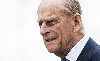 Prens Philip tedavi için başka bir hastaneye nakledildi