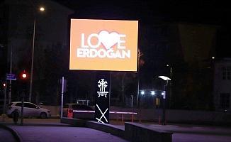 """""""Stop Erdoğan"""" skandalına Palandöken'den yanıt: 'Love Erdoğan'"""