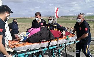 Aksaray'da 2 otomobil çarpıştı: 9 yaralı