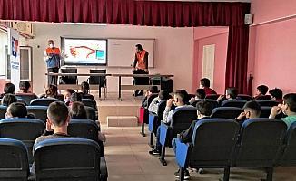 Cizre'de öğrencilere temel afet bilinci eğitimi verildi