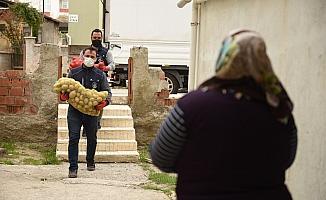 Çorum Belediyesi'nden patates ve soğan dağıtımına destek