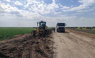 Köylerde yol yapım çalışmaları devam ediyor