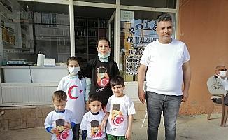 Kozan'da çocuklara tişört dağıtıldı