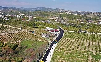 Mersin Büyükşehir Belediyesinin ilçelerdeki asfalt çalışmaları sürüyor