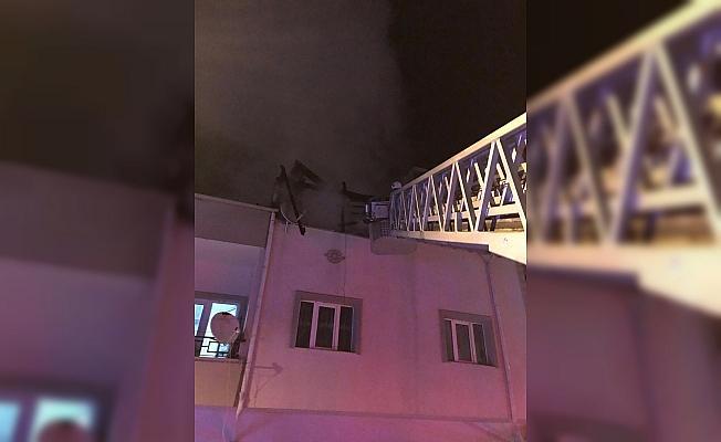 Nevşehir'de çatı yangını korkuttu