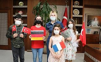 Rektör Özkan AÜ devlet konservatuvarı öğrencilerini ağırladı
