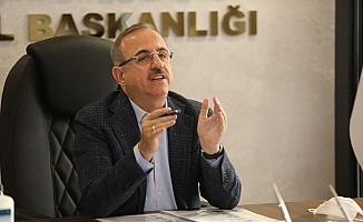 """AK Parti İzmir İl Başkanı Sürekli: """"Şovu bırakın, trafiğe bakın"""""""