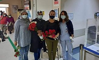 AK Partili kadınlar hemşireleri unutmadı