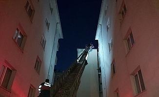 Apartmanın bacasında çıkan yangın korkuttu