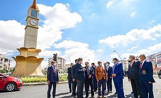 Başkan Gürkan yol çalışmalarını inceledi