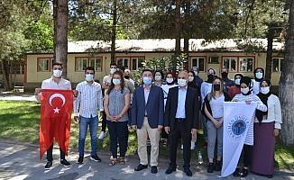 Batman Üniversitesi başarılı öğrencileri geziye gönderdi