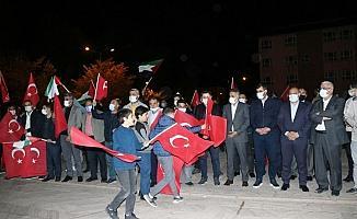 Bitlis'te 100 araçlık konvoyla İsrail'e kınama