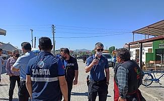 Büfeci esnafı ile zabıta arasındaki çay satışı gerginliğini polis sona erdirdi