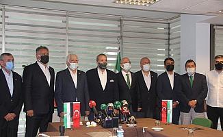 Bursaspor'da başkan adayları listelerini teslim etti