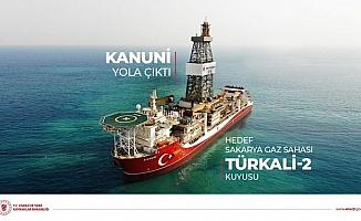 (Düzeltme) Kanuni Sondaj Gemisi ilk görevi için Türkali kuyusuna doğru yola çıktı