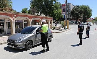 Edirne'de 'tam kapanma' denetimleri devam ediyor